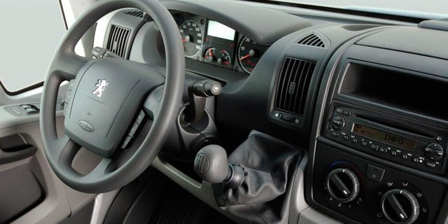 Peugeot Boxer Chassis Interior